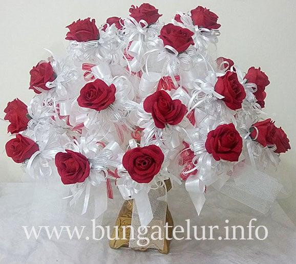bunga-pahar-rose-merah